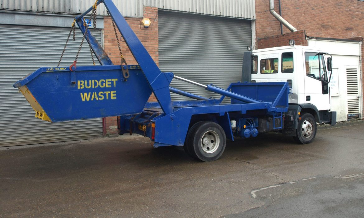 Some of The Questions You Should Ask When Hiring a Skip Bin Service