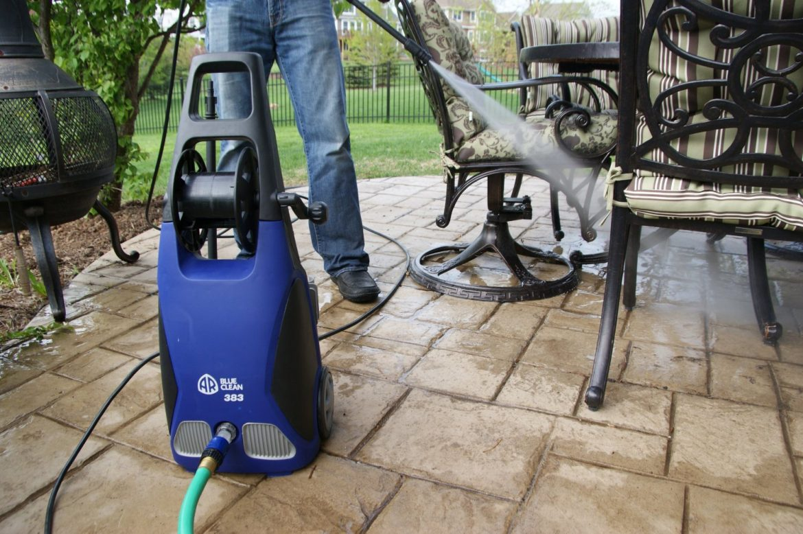 Benefits of Pressure Washing Your House