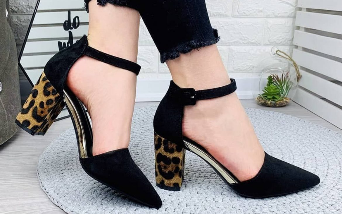 Trendy Footwear That Every Woman Should Have