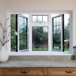 aluminium-windows-with-leaded-glass