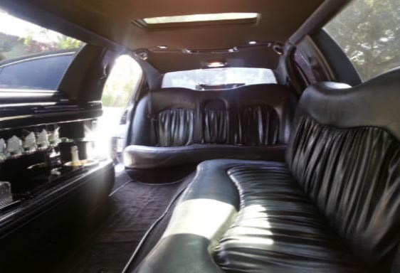 Occasions on Which a Limousine Rental Service Seems Appropriate