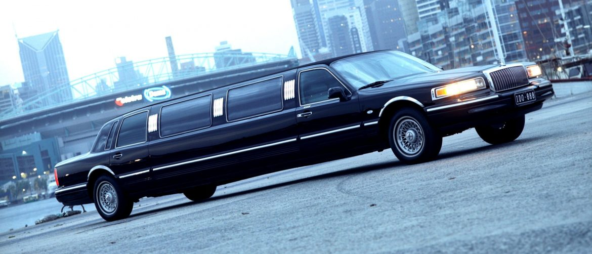 The Must-Have Amenities in a Limo Service