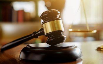 lawyer salary california